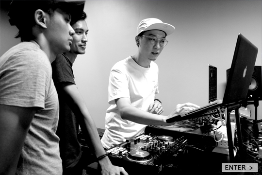 E-TracX DJ School Singapore Shinzio Main Instructor TRAKTOR